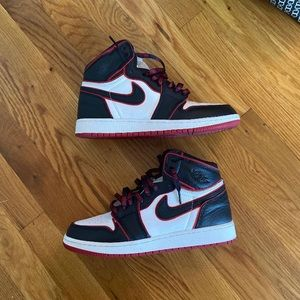 Jordan Shoes - Jordan 1 Bloodline 7Y (8.5W)